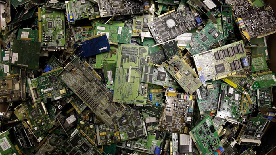 E-Waste Recycling: data and facts