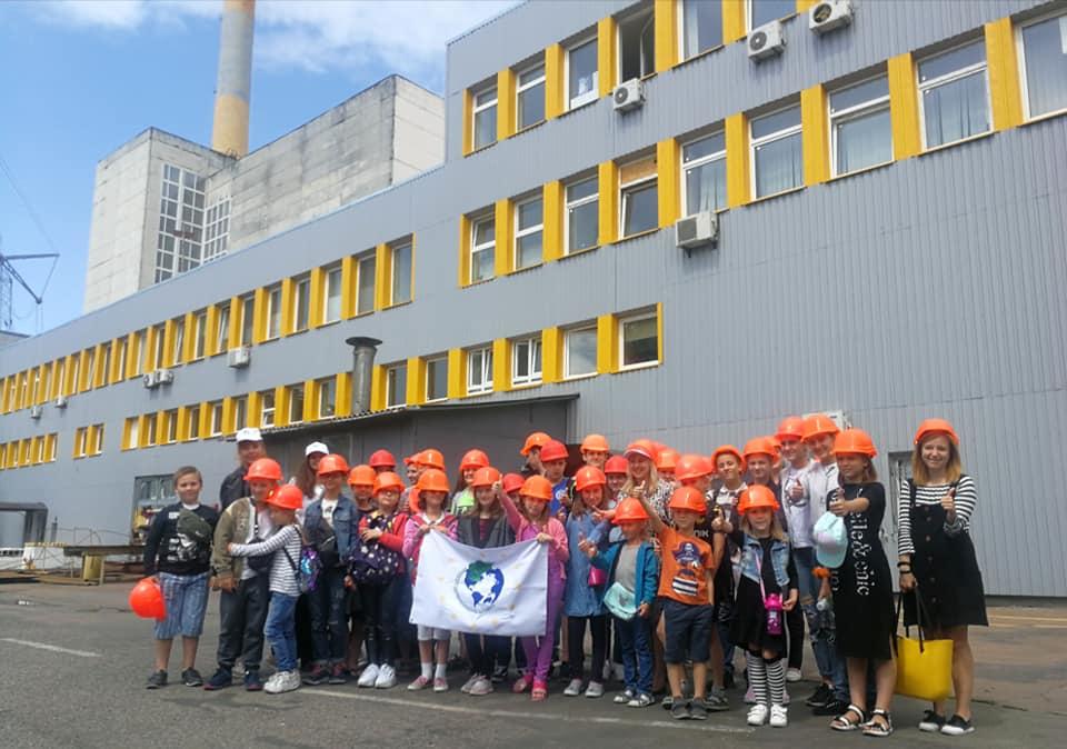 """Відбувся перший пізнавальний тур школярів на сміттєспалювальний завод """"Енергія"""""""